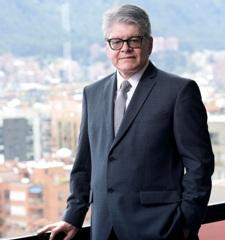 Francisco Salazar Gómez, presidente de la Compañía de Seguros Positiva
