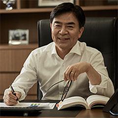 H.S. Kim, presidente y CEO de la División Consumer Electronics de Samsung Electronics